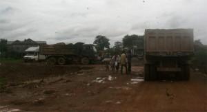 bufard cambodge travaux sur la route